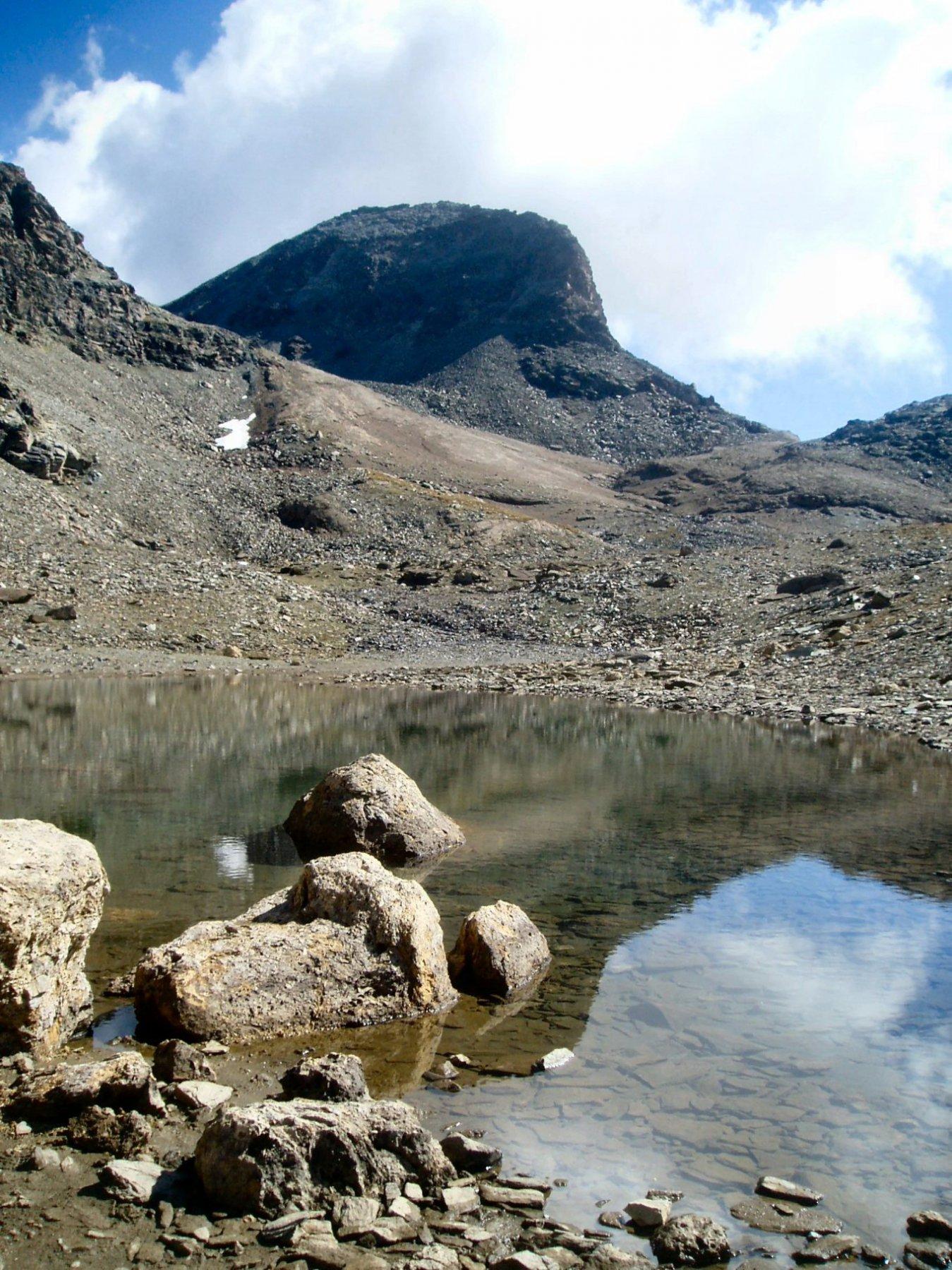Lago Chavanney e Cima Bes.