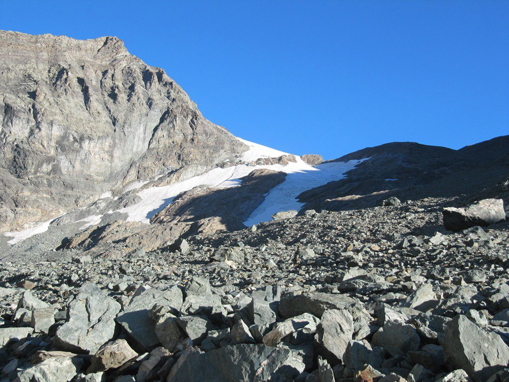 in vista del tratto su ghiacciaio verso il Colle Chalanson
