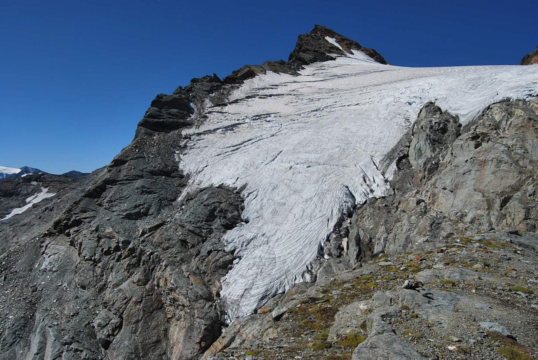 Dalla vetta: lo Chateau Blanc e il suo ghiacciaio