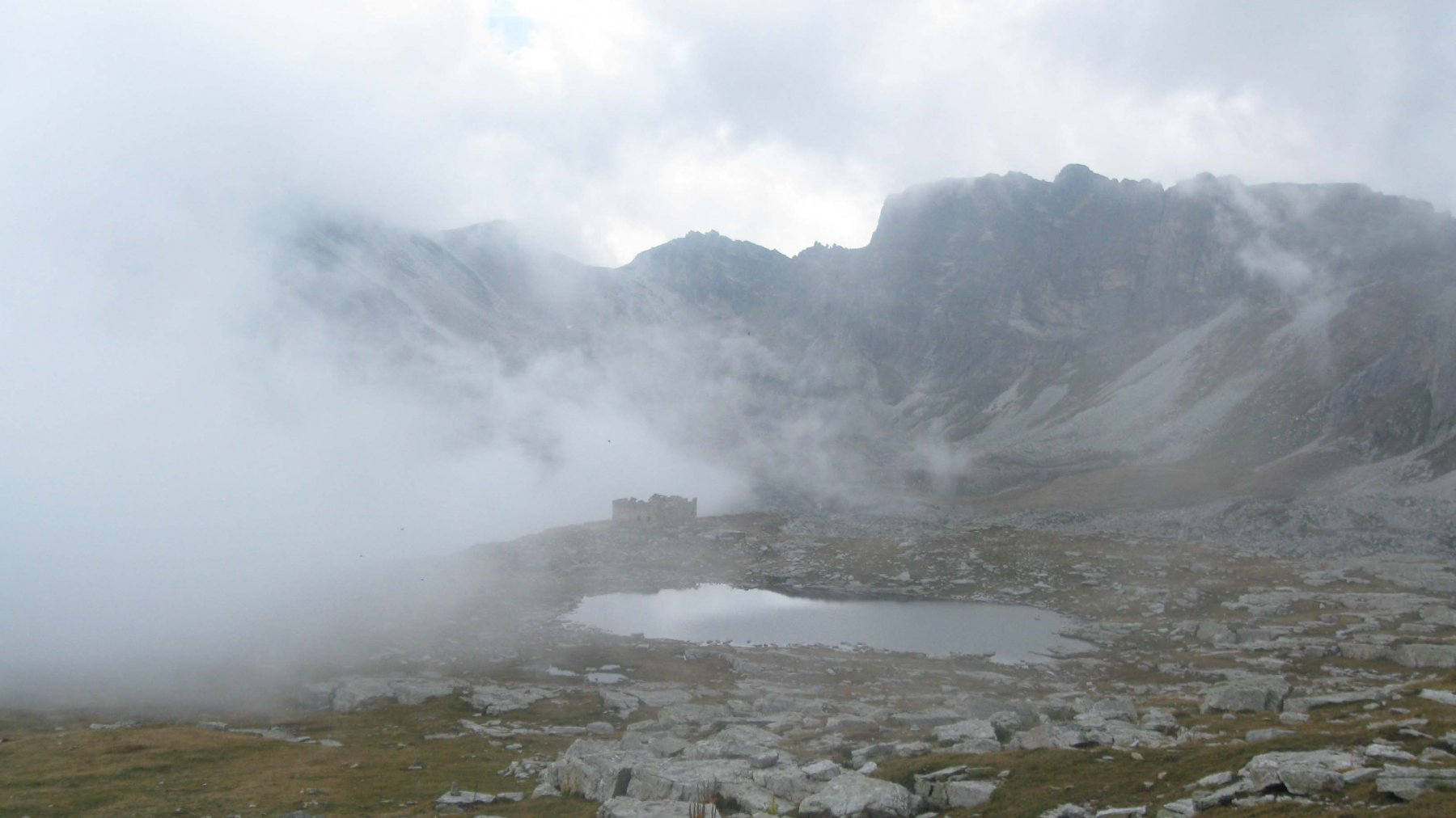 il lago Camosciera