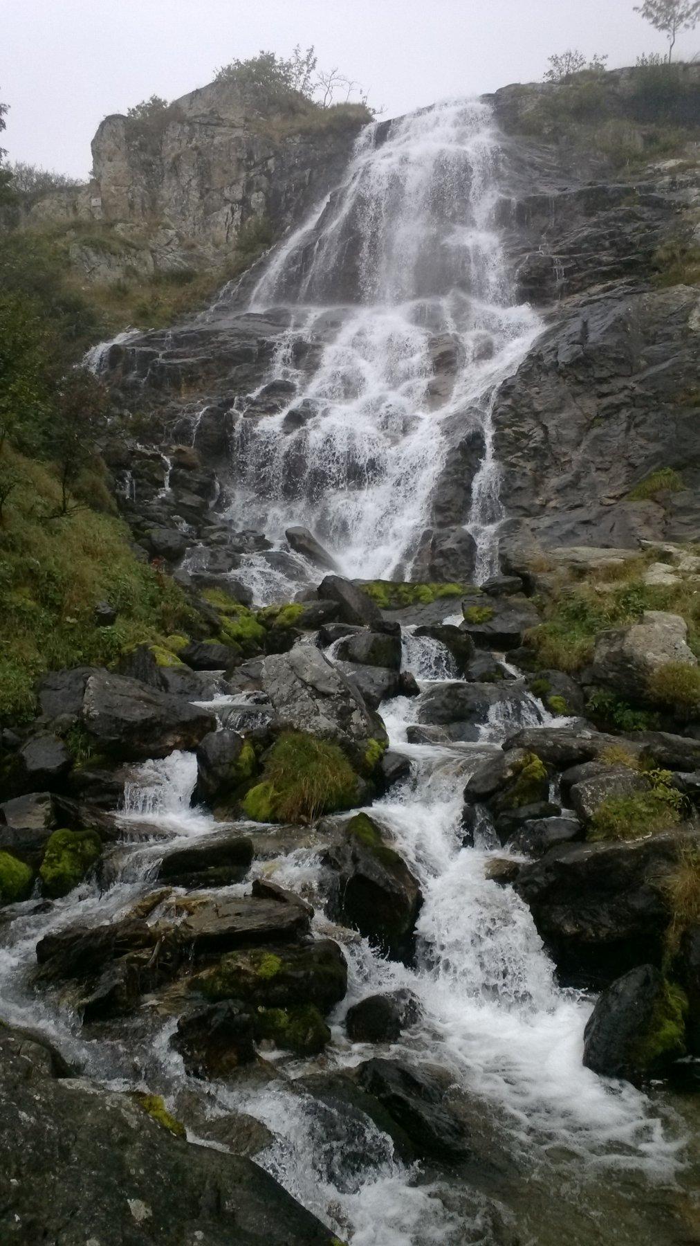 cascata sempre bella