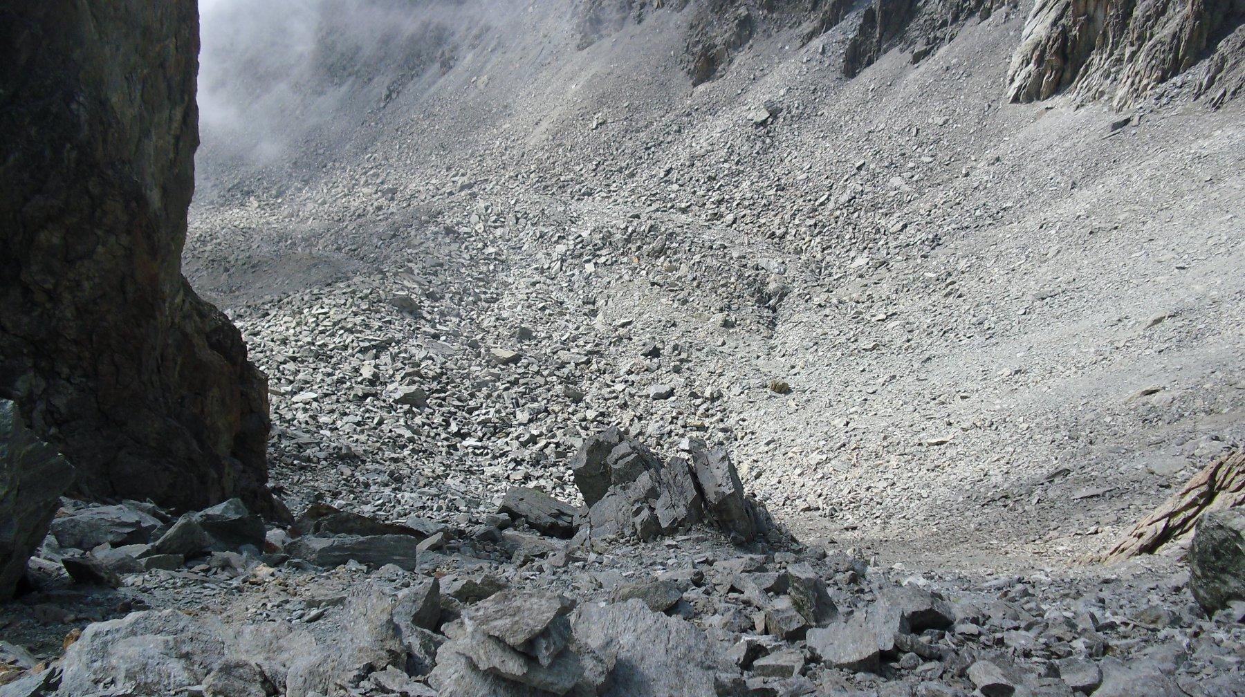 La parte alta del vallone di salita dal colle.