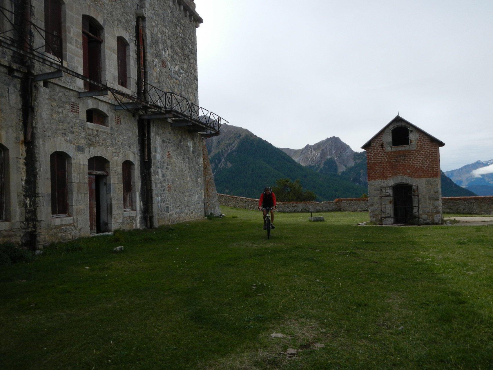 uscita dal Fort de la Croix de Bretagne