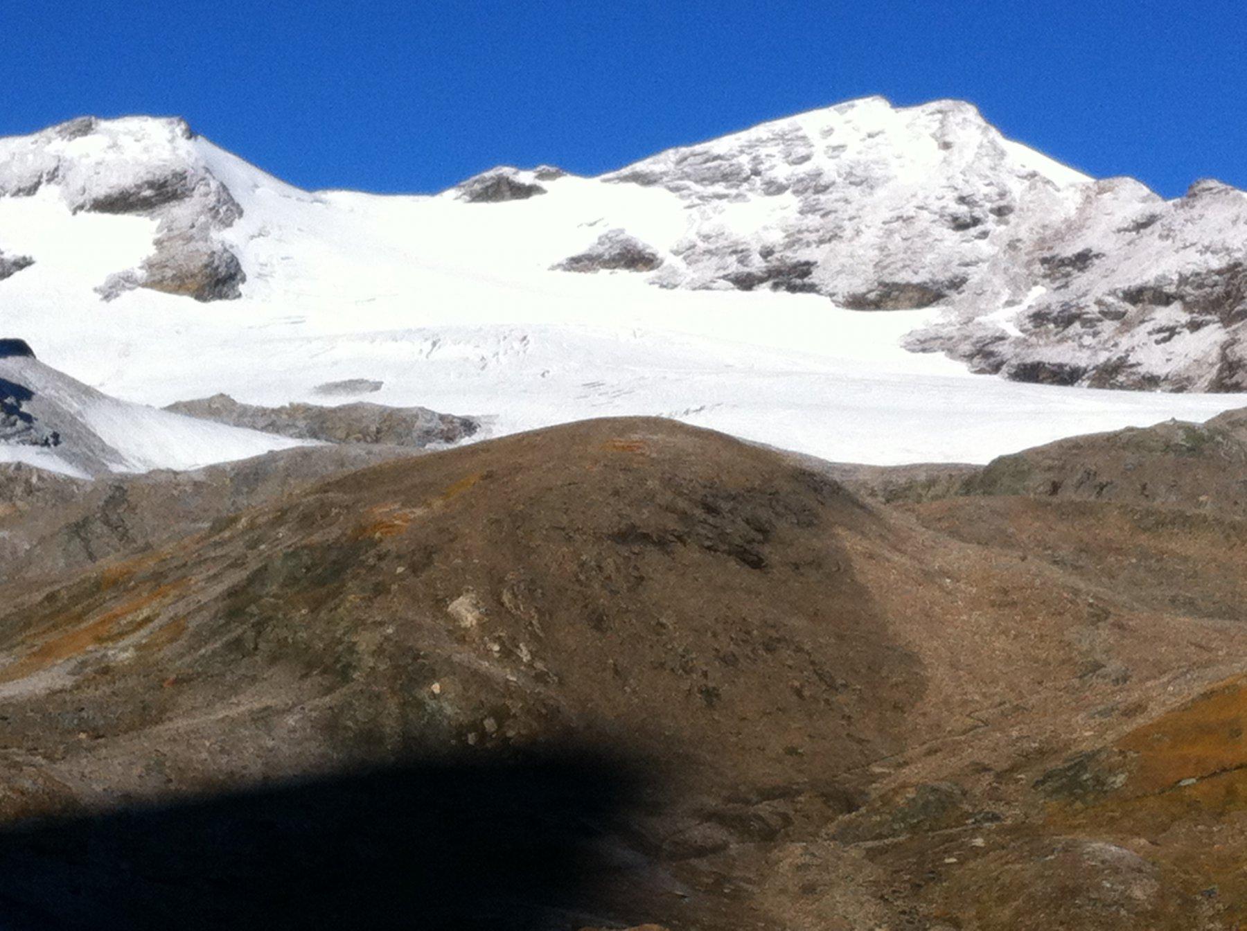 il ghiacciaio de La Luette e a destra La Luette