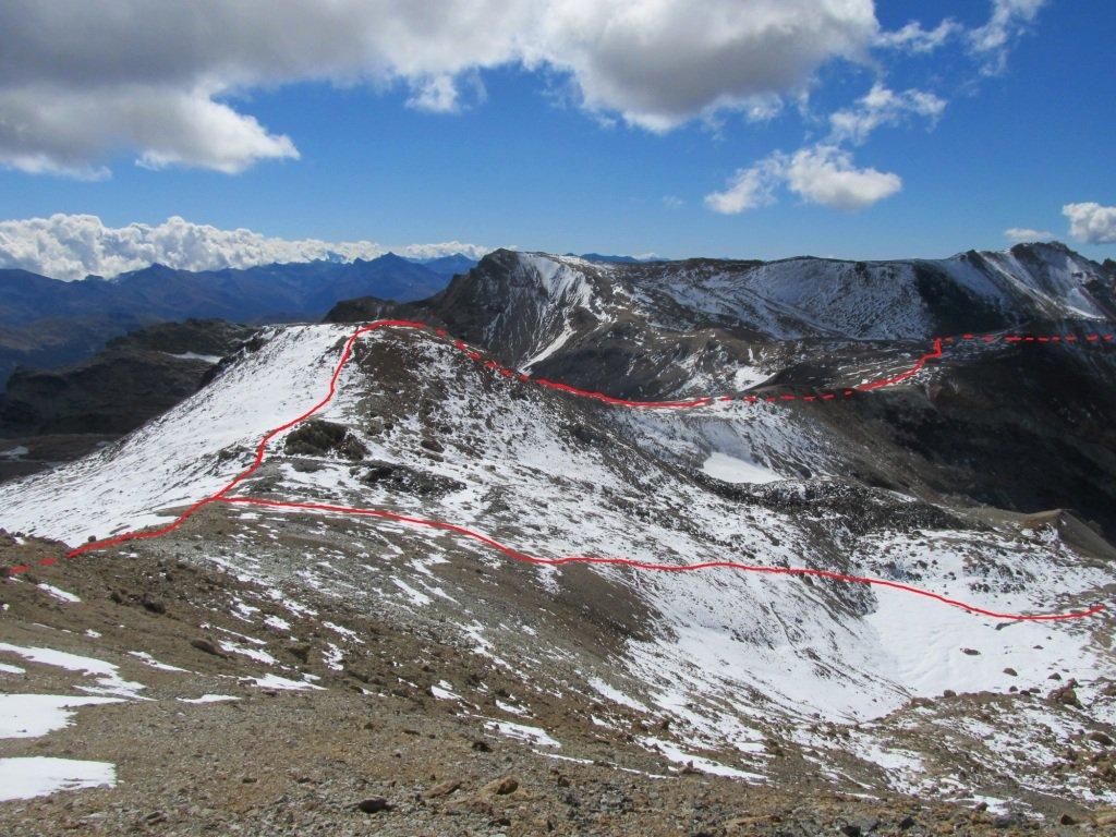 Dalla punta il Passo Forneaux e il Galambra.