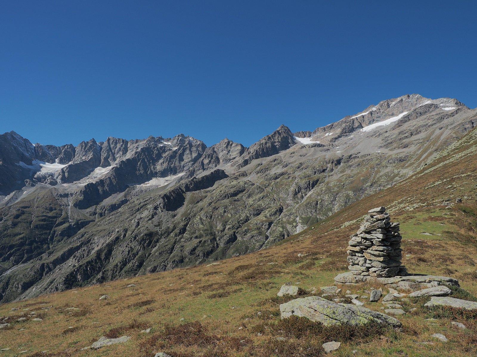 Panoramica sui ghiacciai (quel che ne resta) della Val Grande.