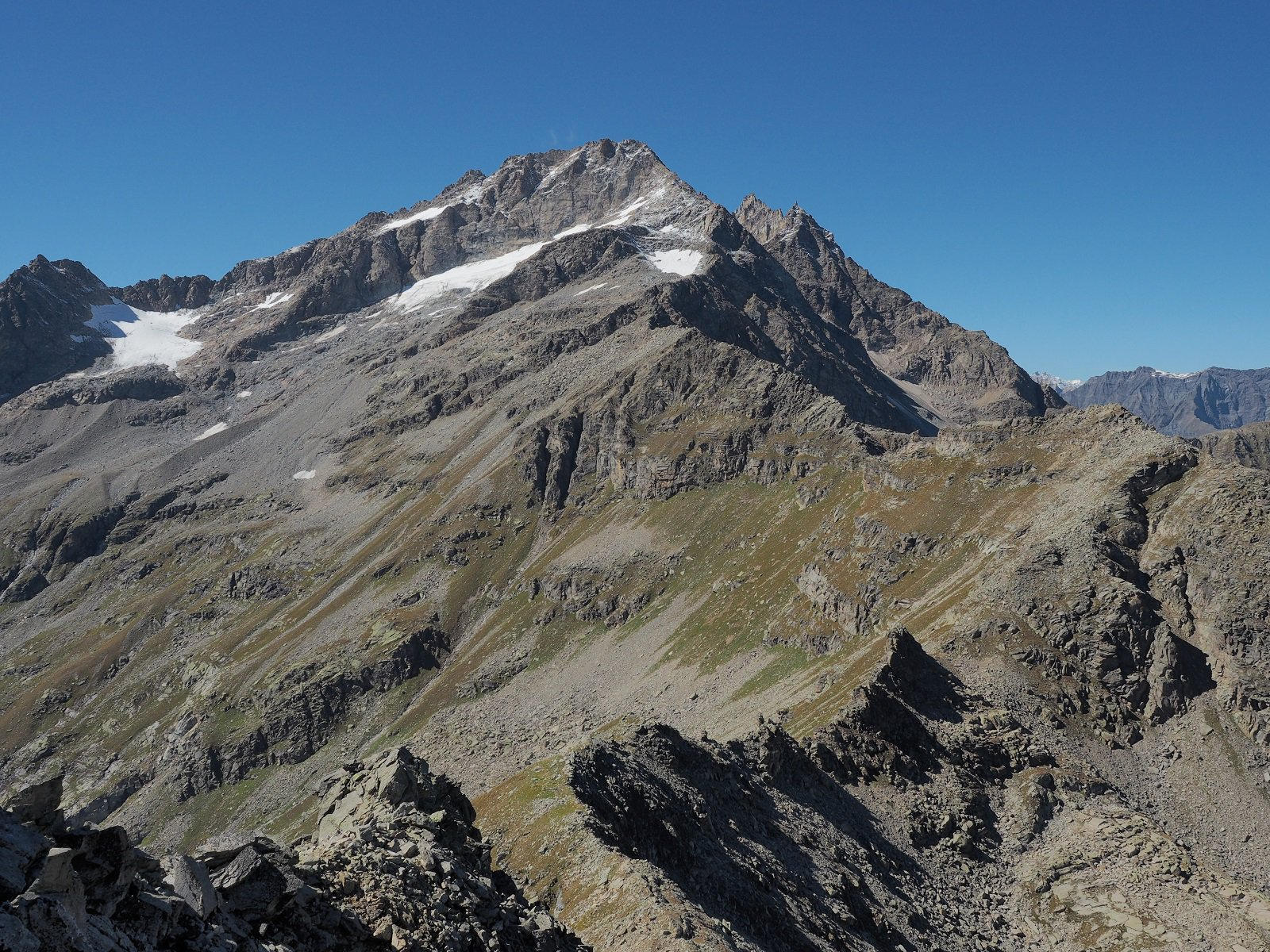Levanna Orientale con relativi ghiacciai.
