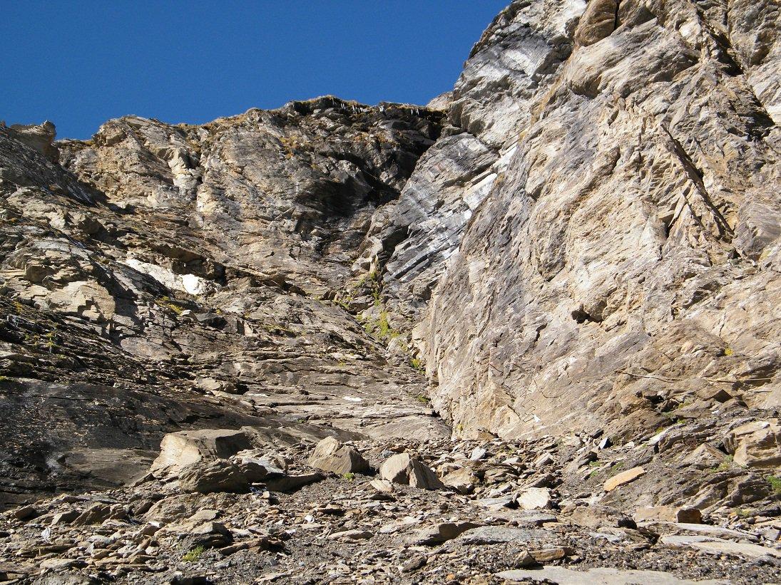 La bastionata che sorregge il Passo della Losa