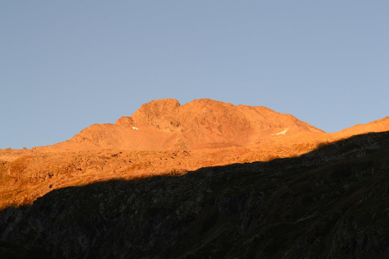 primo sole sulla Torre di Lavina