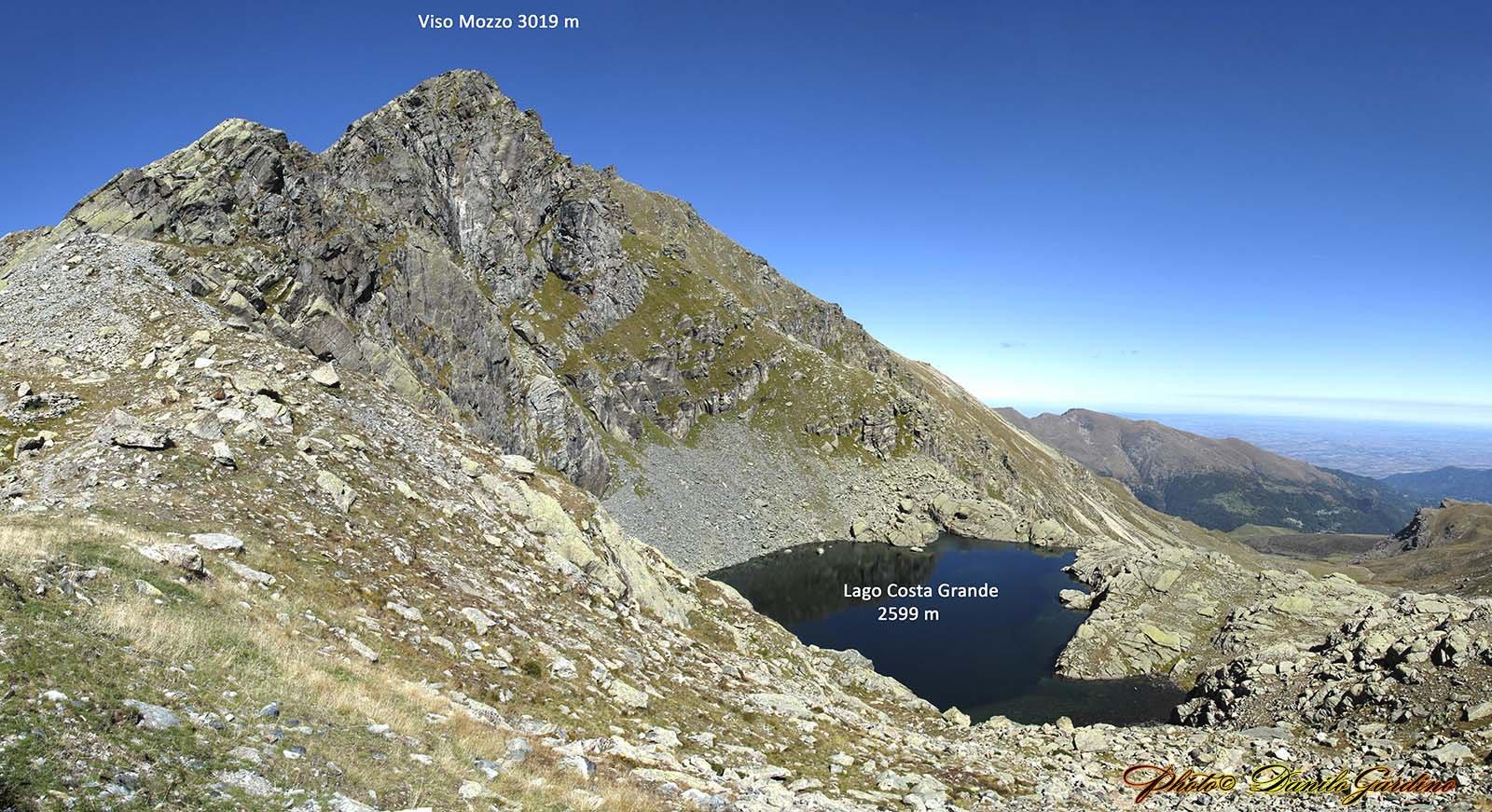 Dal Rifugio Quintino Sella, una panoramica sul Viso Mozzo e il Lago Costa Grande