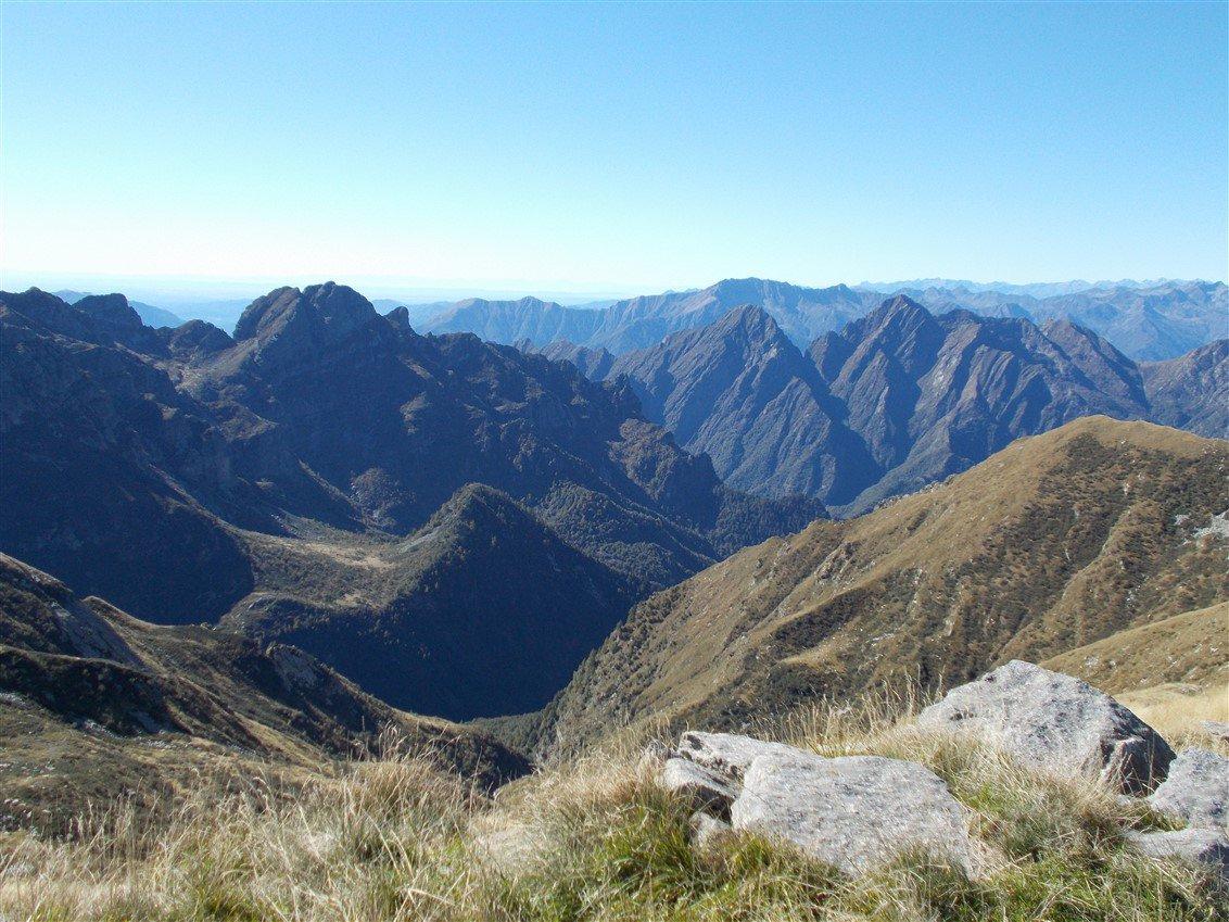 Val Grande: Cima Pedum, Pizzo del Lesino, bocchetta di Valfredda e Pizzo Proman
