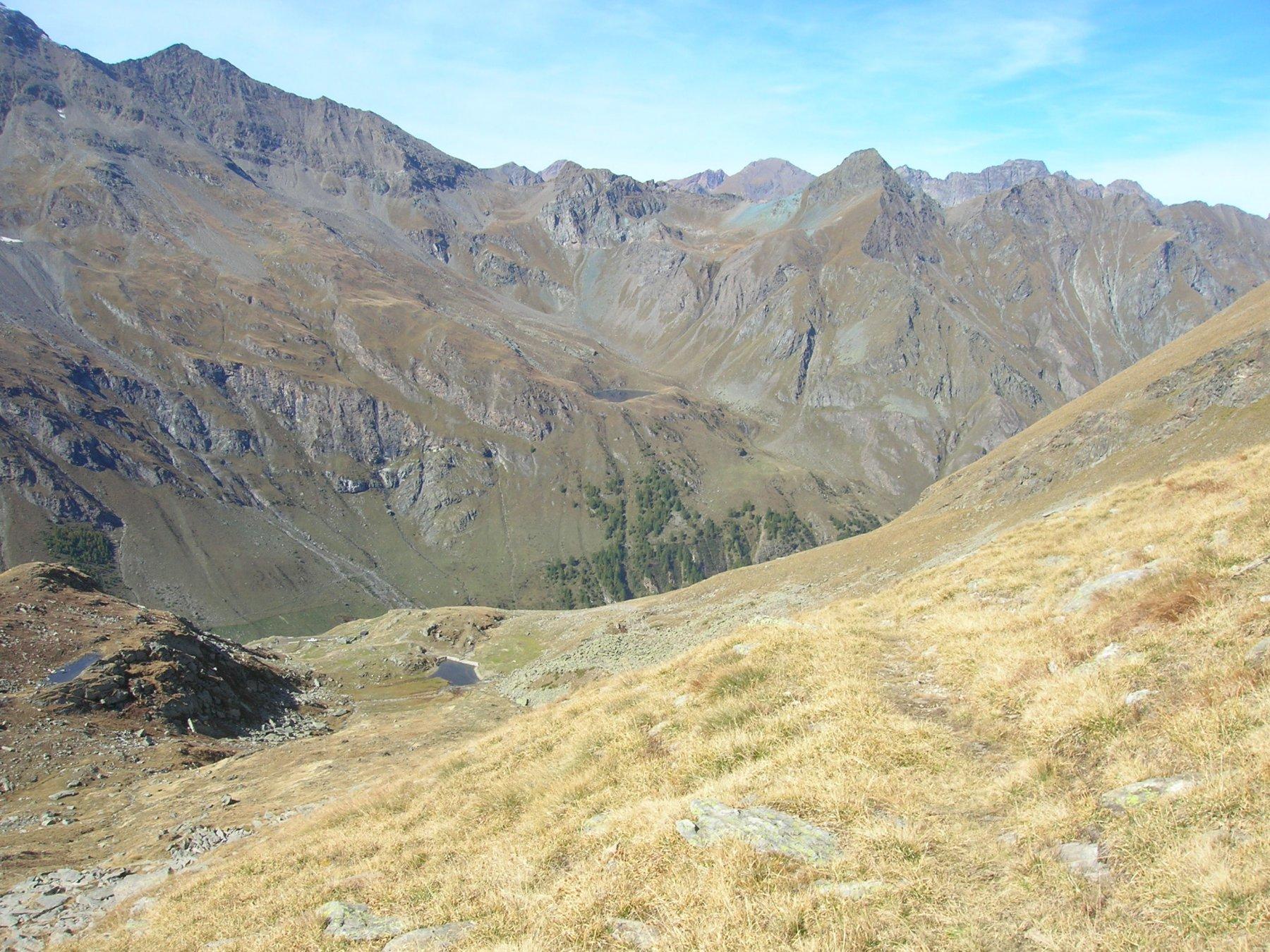 L'origine del sentiero che dal Col d'Eyele scende sul Tramail d'Eyele