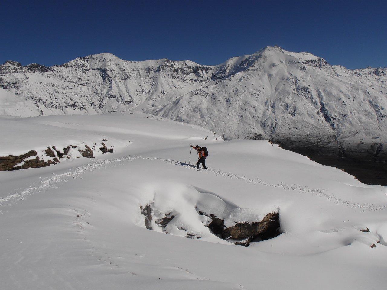 02 - salita con tanta neve pesante da tracciare