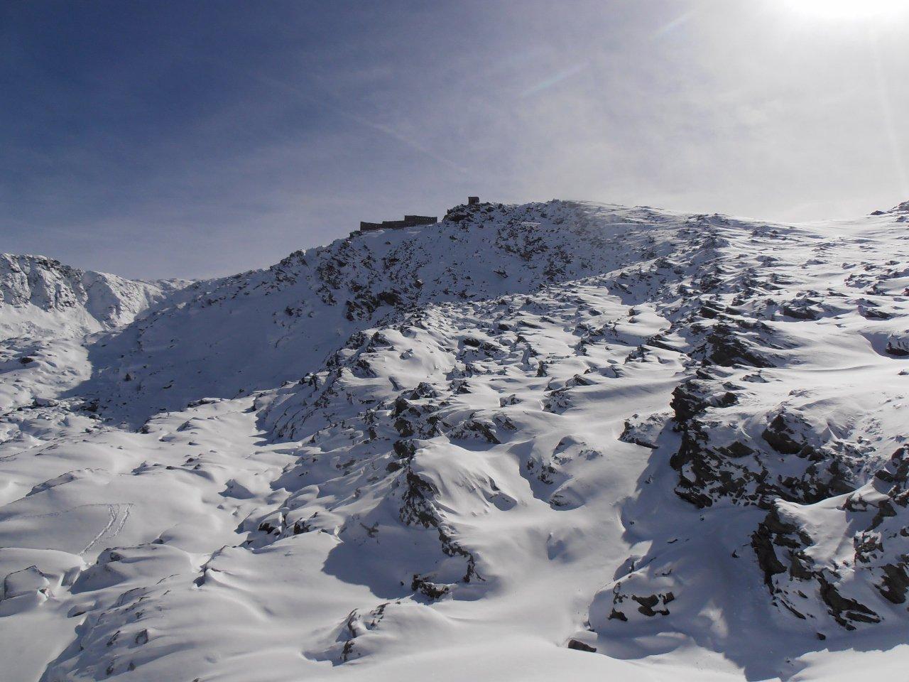 05 - nonostante la buona quantità di neve non è ancora una cima sciabile
