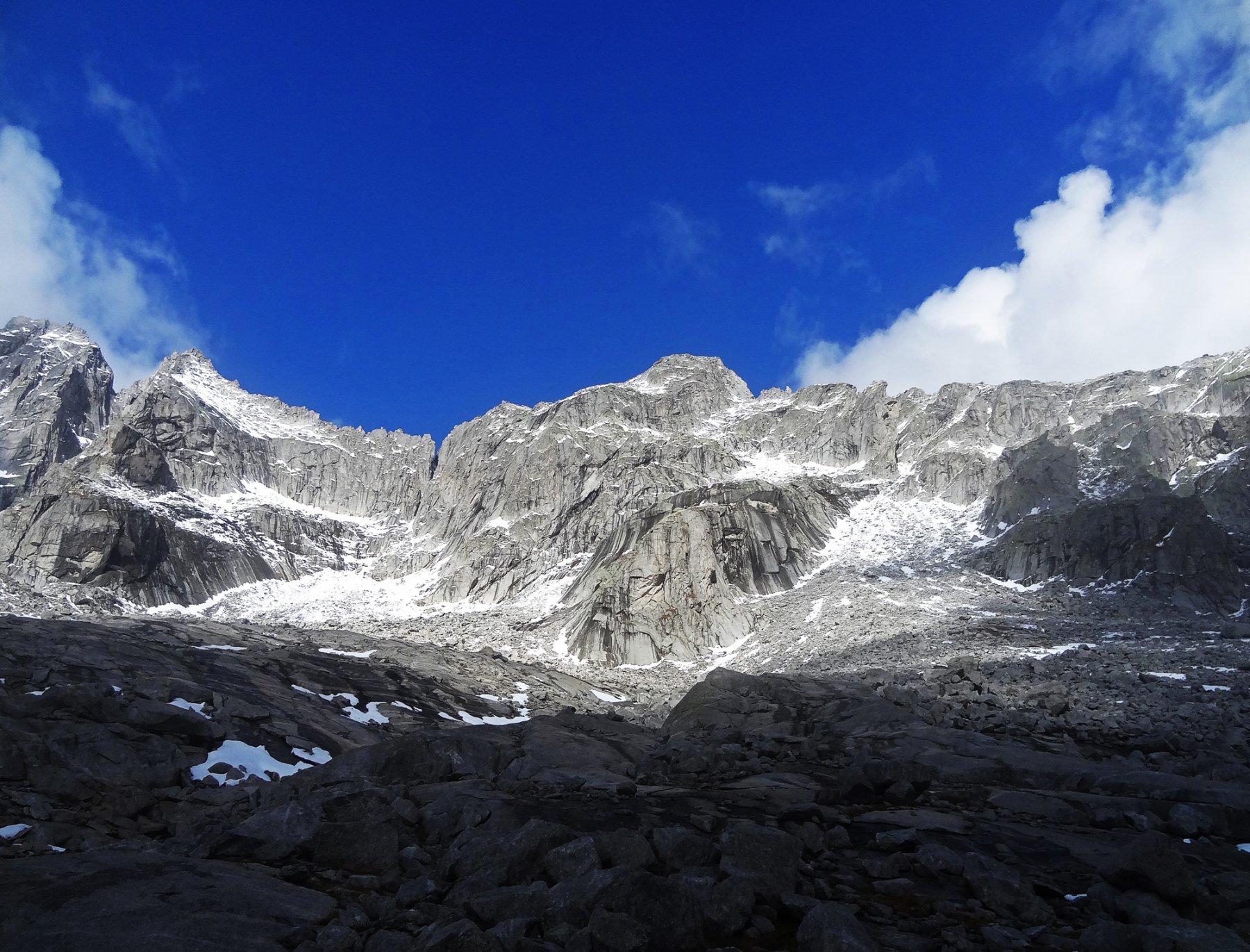 Ferro Orientale (Pizzo del) Via normale - traversata Val Qualido Val del Ferro 2015-10-08