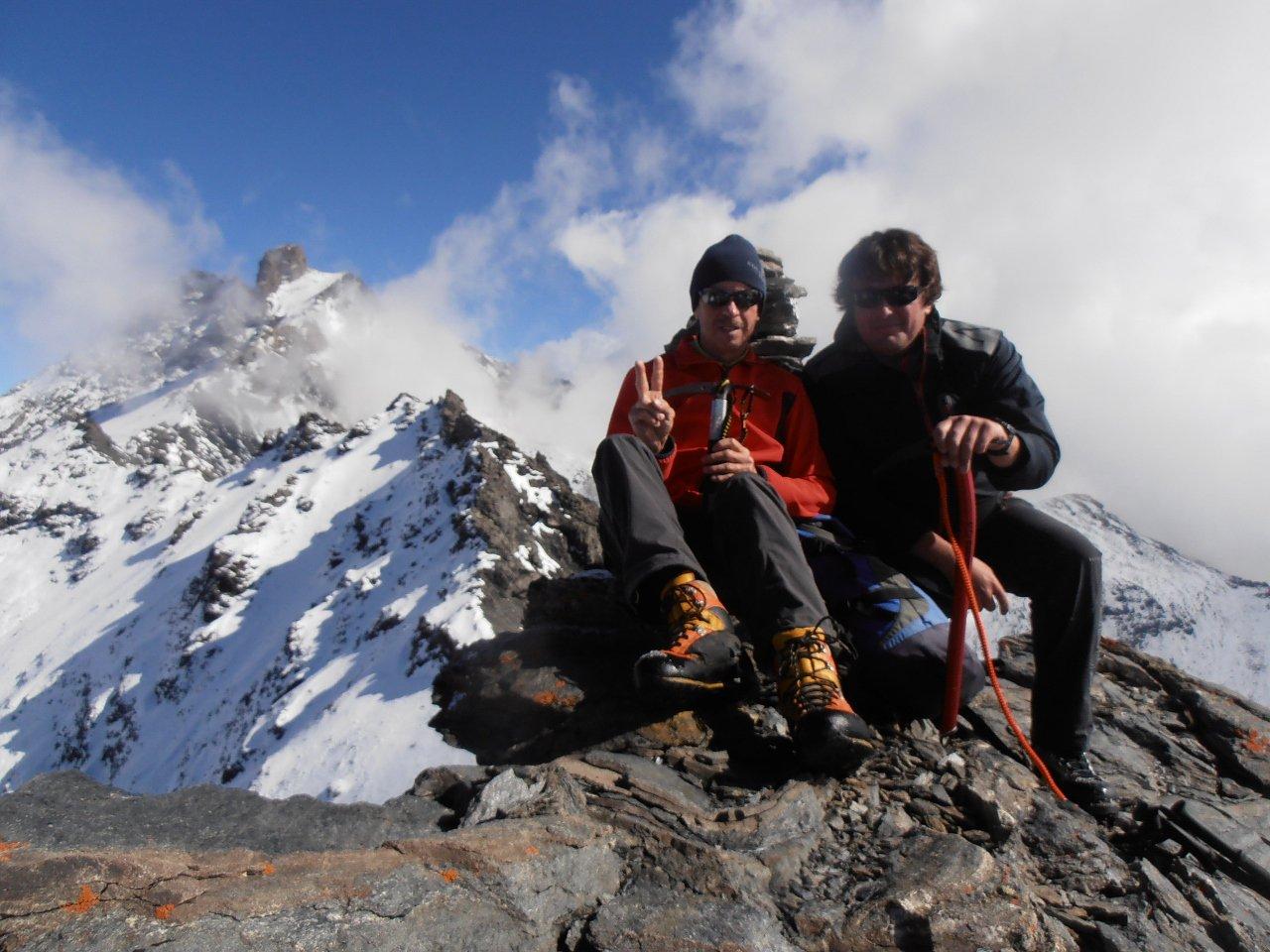 01 - sulla cima nord con il Grand Roc alle spalle