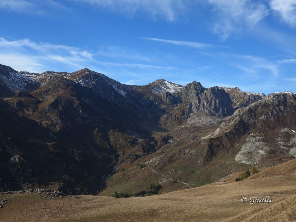 L'alta Val Grana vista salendo al Crocetta
