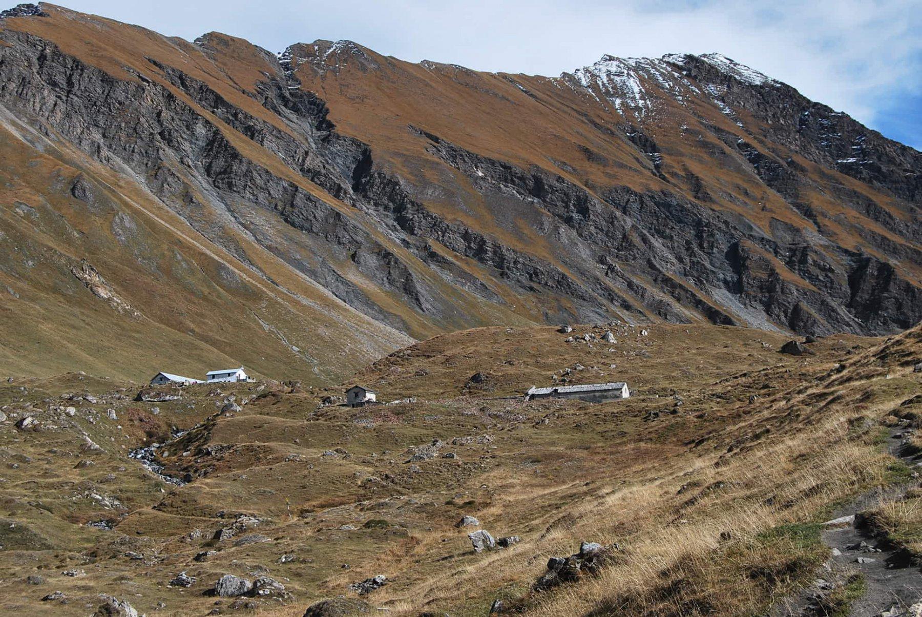 Scendendo al Bonatti: le Alpi superiori di Giuè e Malatra