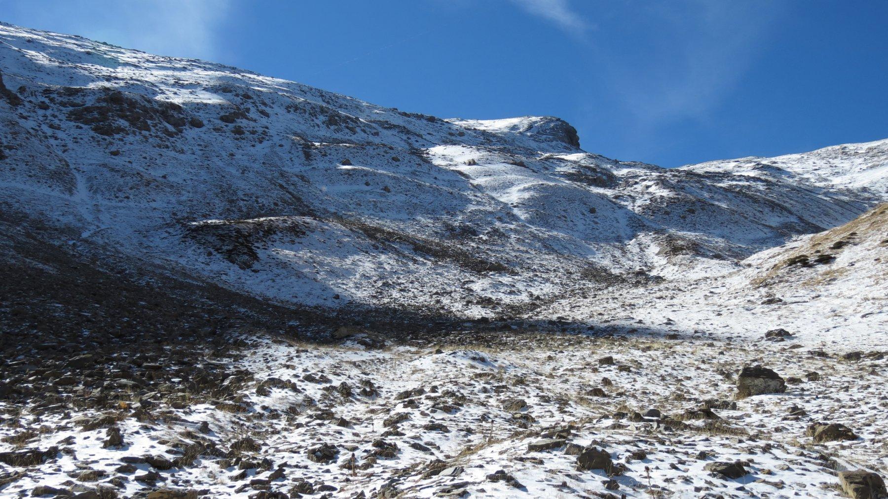 la prima neve incontrata, a quota 2500 m circa nel Vallon de Font Crèse (17-10-2015)