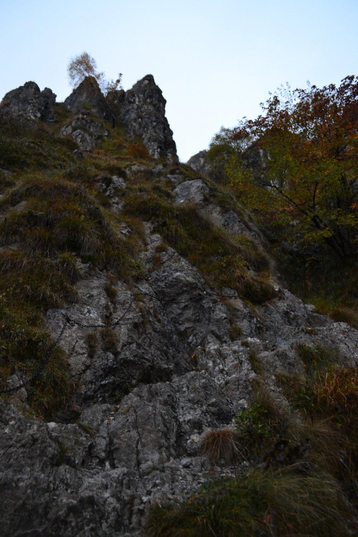 tratti con catene al Pass Catif