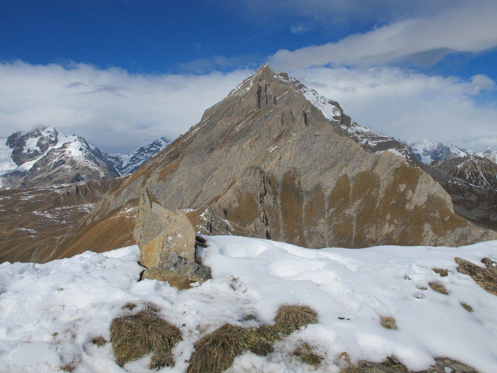 Ometto di vetta, Cresta del Laugeron e Monte Berrio Blanc ultimo a dx innevato