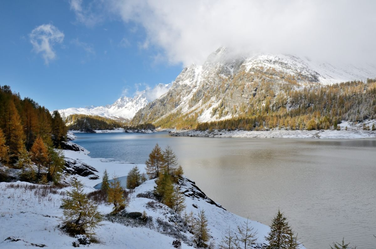 Intorno al lago di Devero