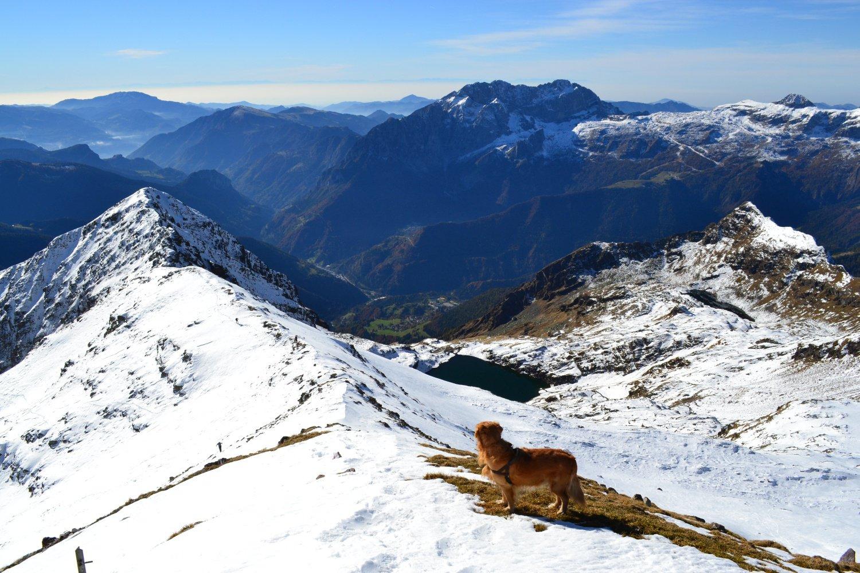 panorama verso Presolana e Lago di Varro dalla cima