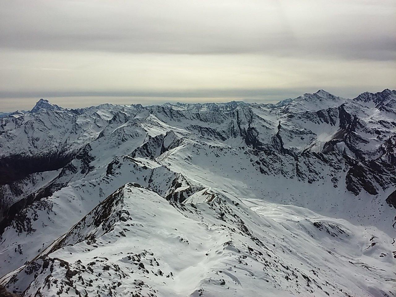 Dalla cima, vista verso Sud.