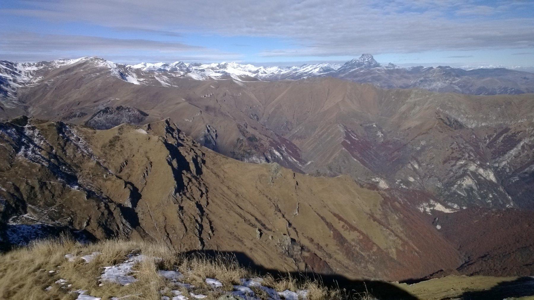 Panorama in direzione Valgrana ... e oltre