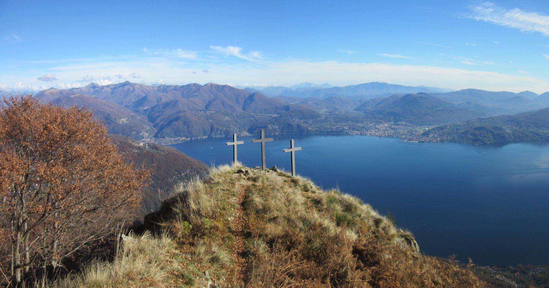Le Tre Croci sulla cima di Morissolo