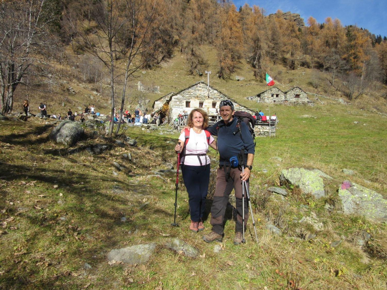 Con mia moglie davanti Alpe Grignasco