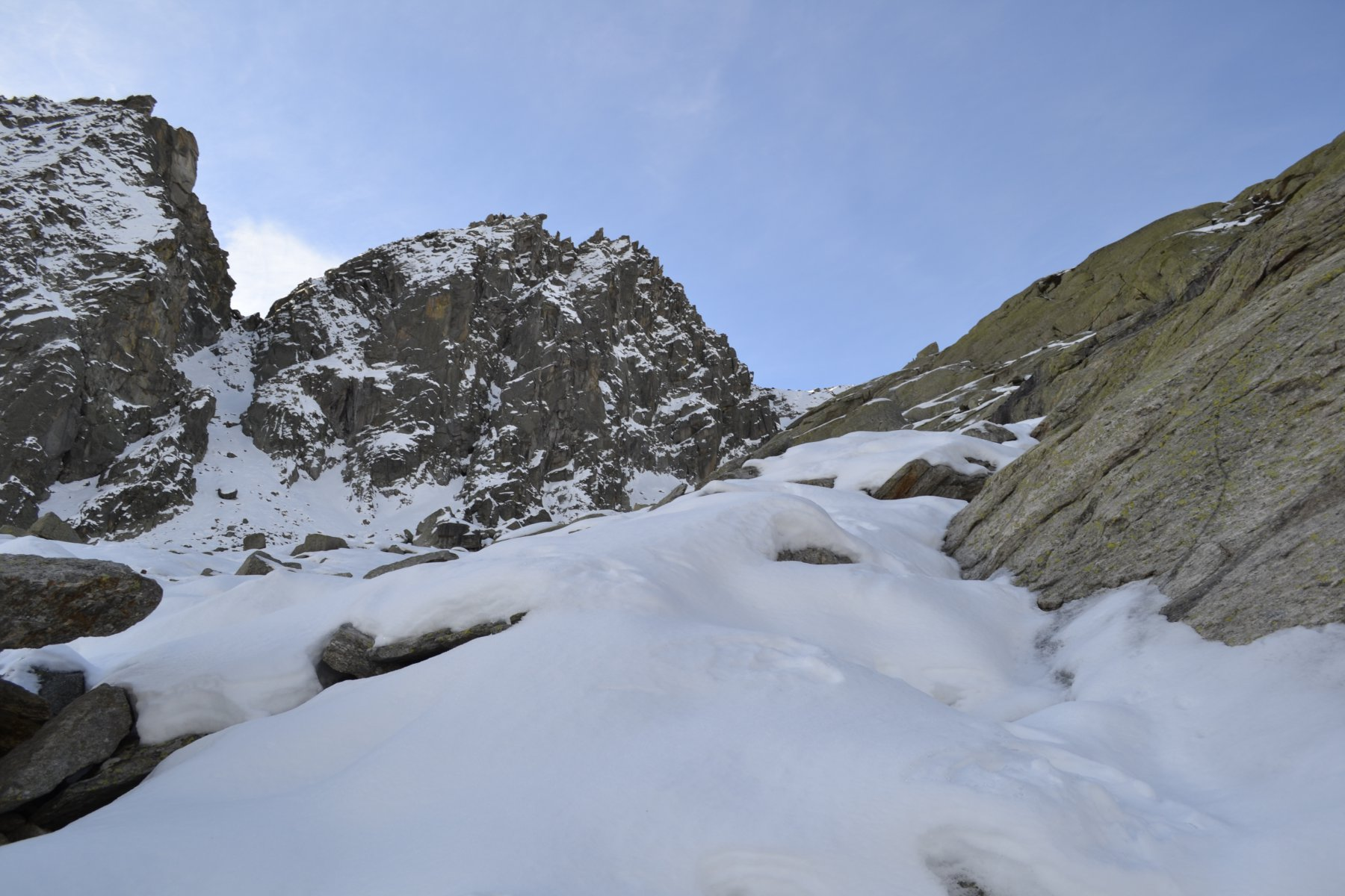 Neve sul sentiero