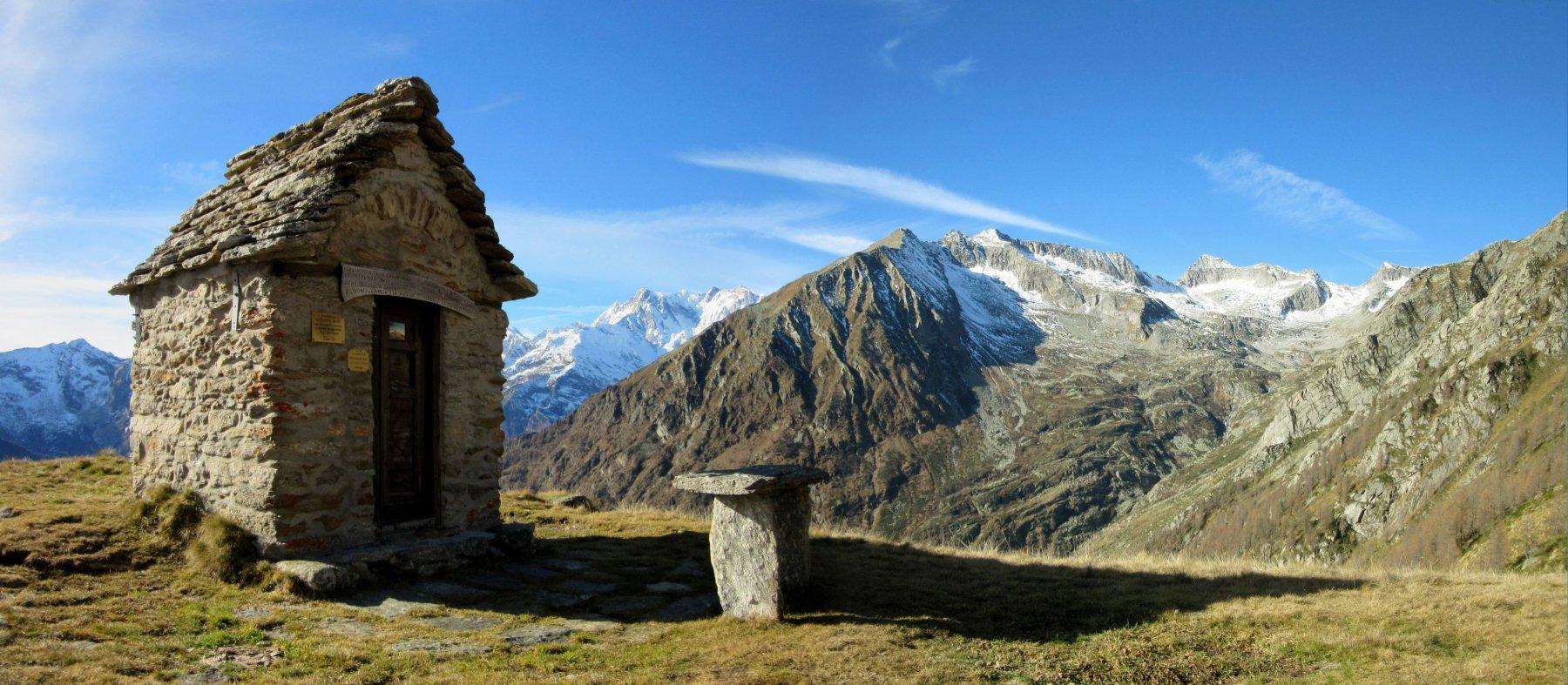 Cappelletta all'Alpe Colla m. 2001