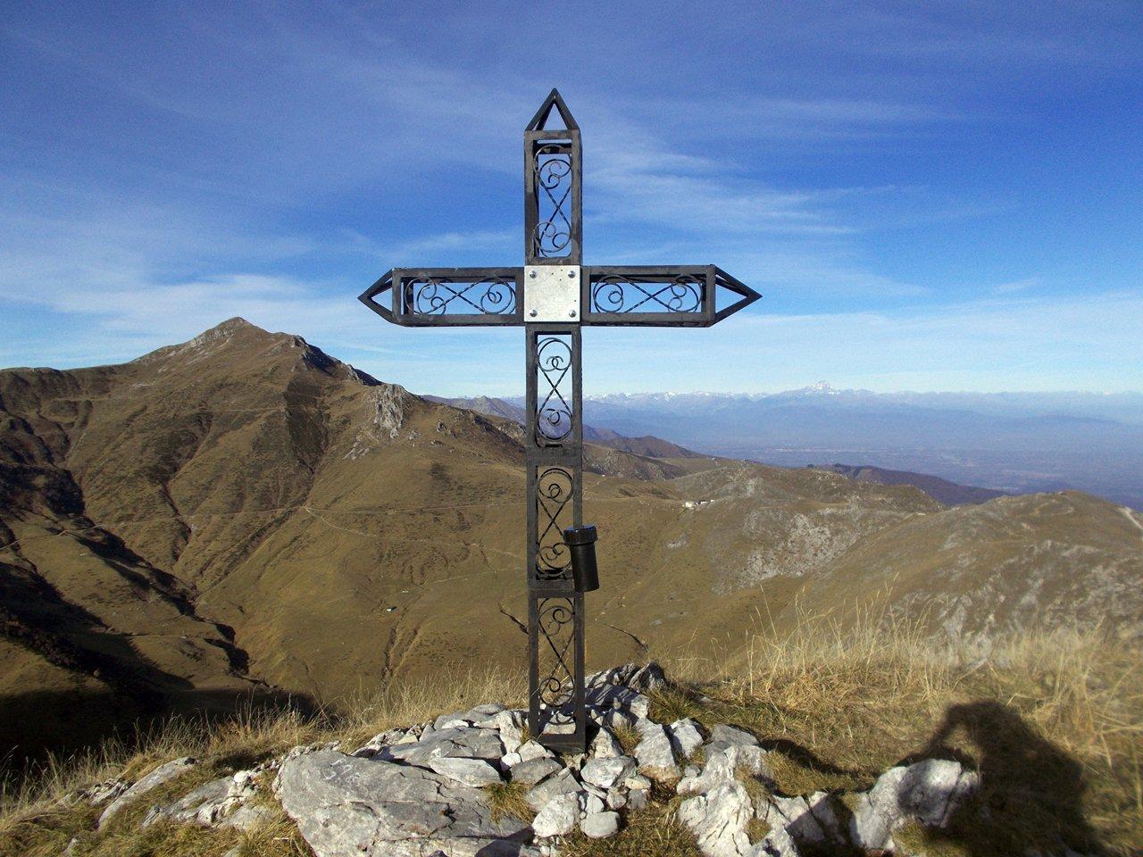 la croce sulla cima del Fantino