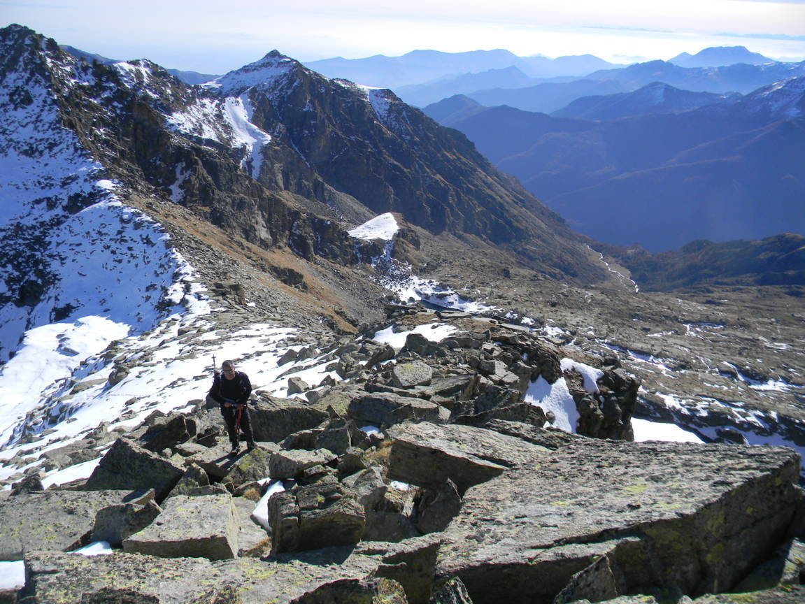 Unghiasse (Monte) da Alboni per il Vallone d'Unghiasse 2015-11-13