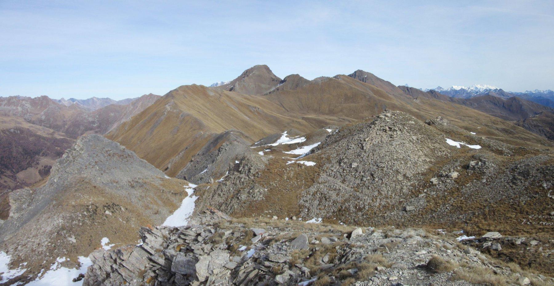 Panorama verso il Rosso di Vertosan e il Fallere