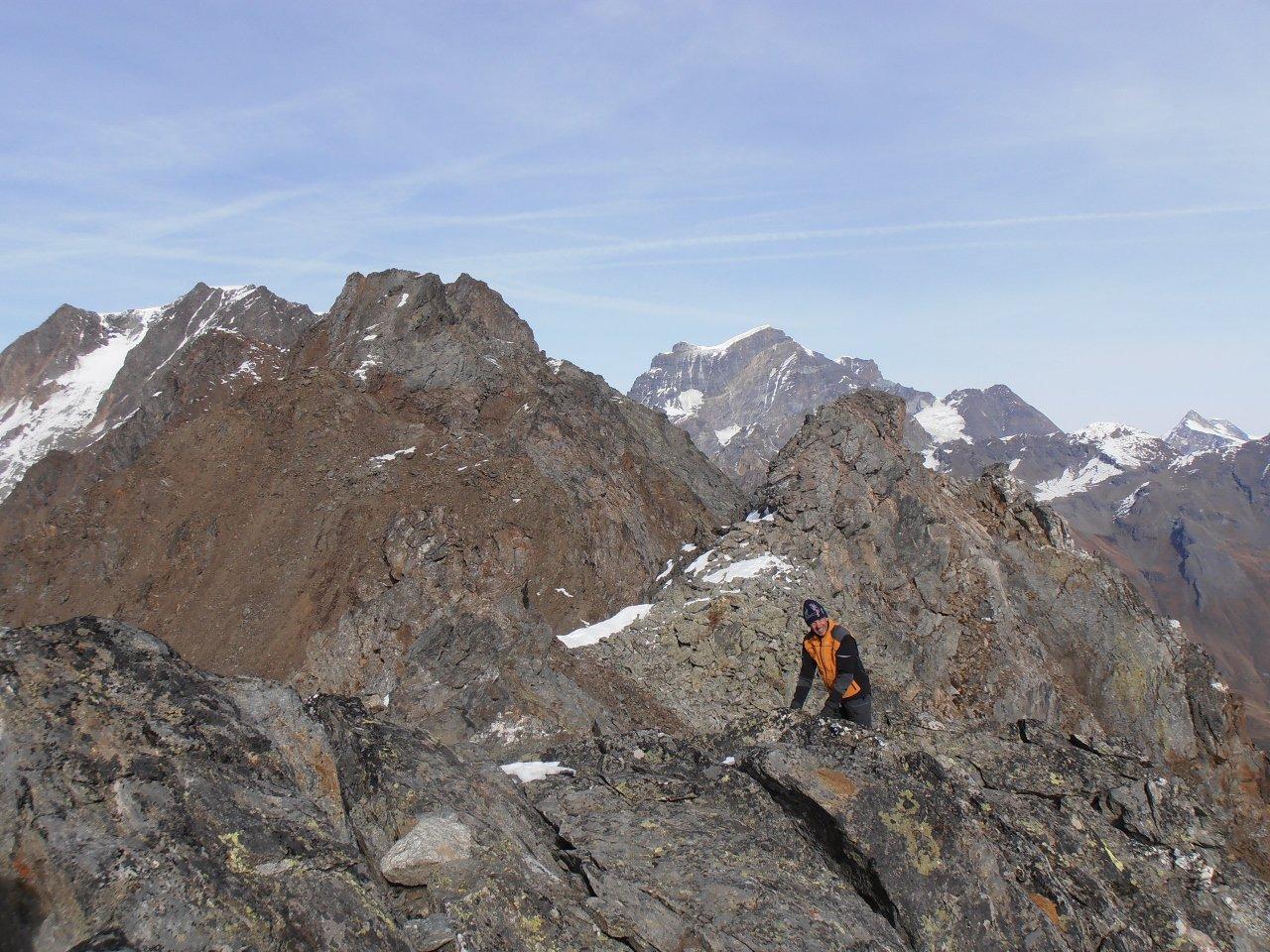 dalla cima, tra Mont Velan e Grand Combin