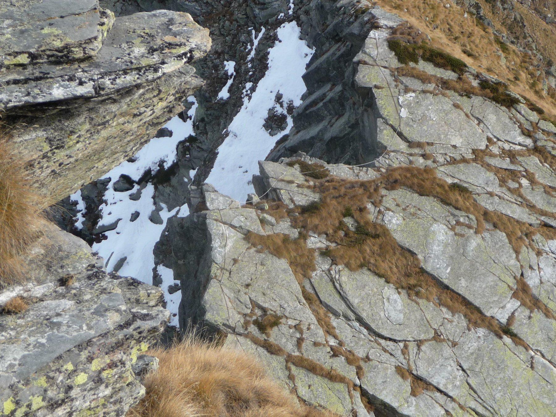 Tre Vescovi (Punta) e Monte i Gemelli da Niel, anello per i Colli Mologna Piccola e Mologna Grande 2015-11-14