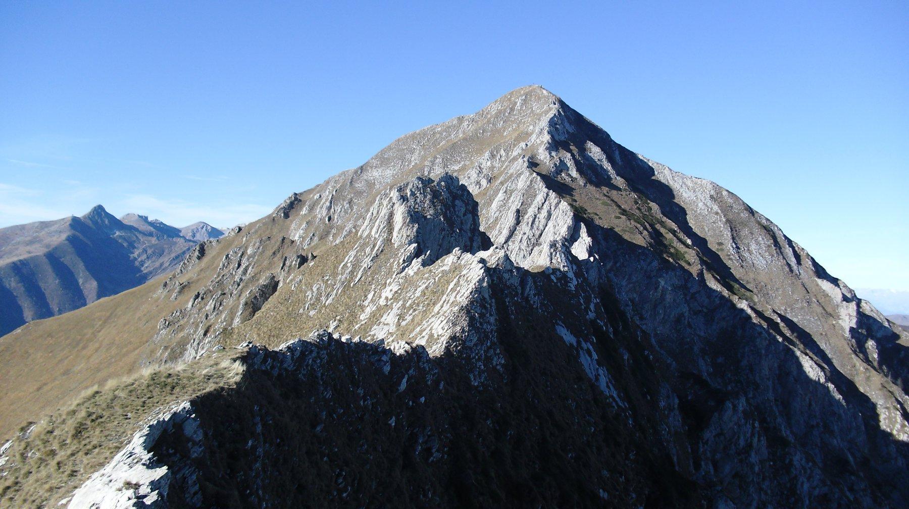 Cresta Est e Monte Antoroto.