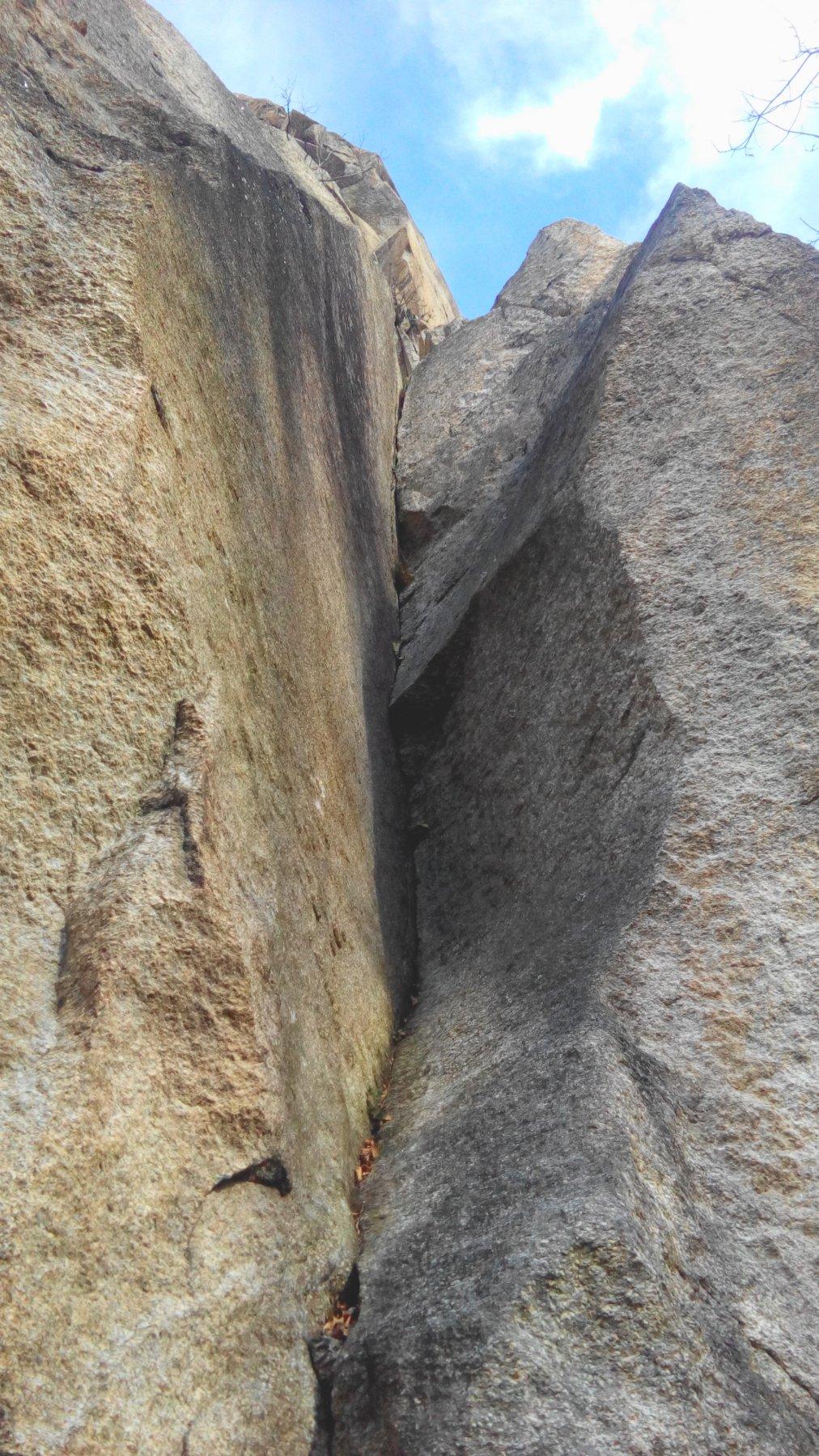 Sbarua (Rocca) - Torre del Bimbo Diedro Appiano + variante Rabbi 2015-11-21