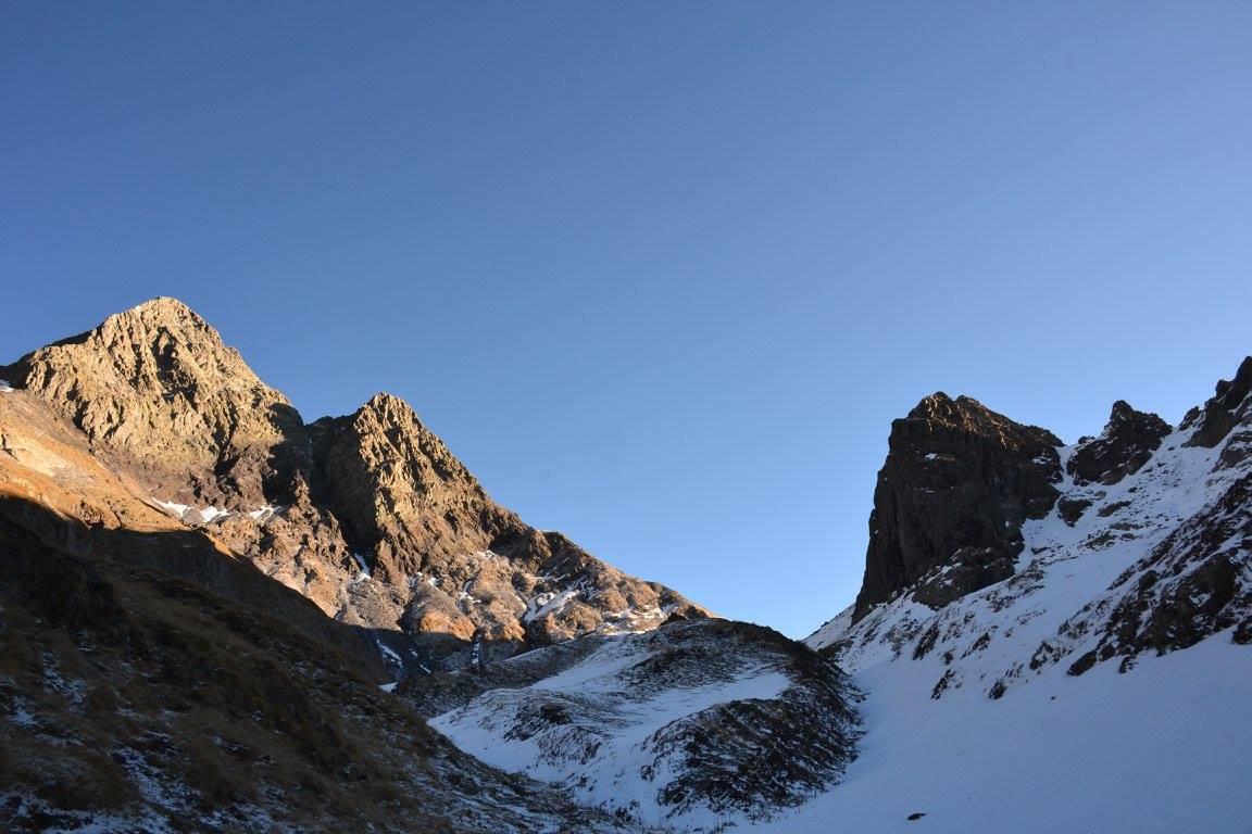 Diavoli, passo Valsecca e Poris (sulla destra)