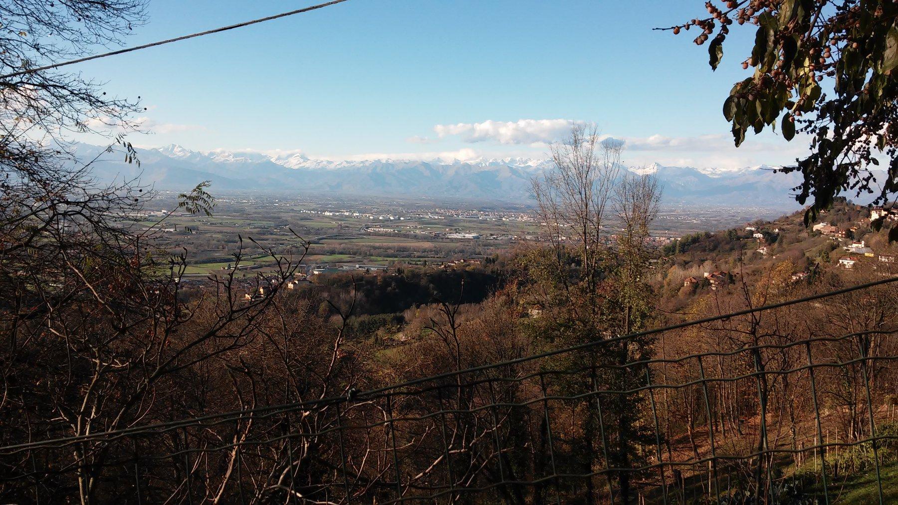 Panorama sulla pianura e Alpi