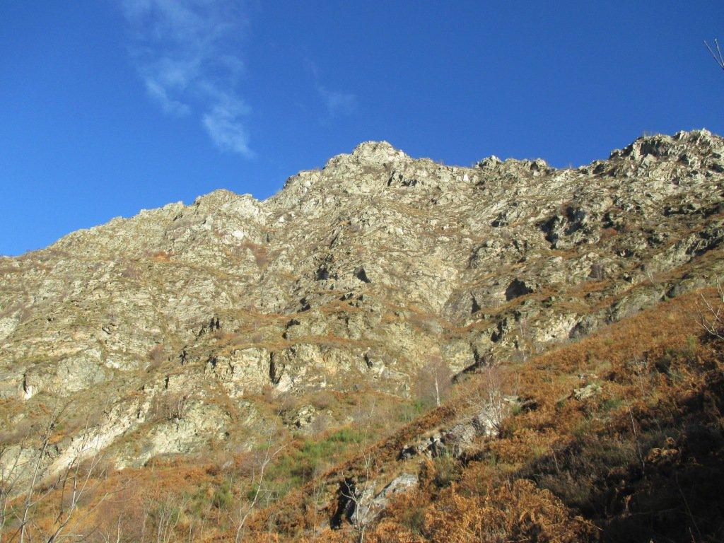bastionata dove passa la cengia dell'alpe Colla