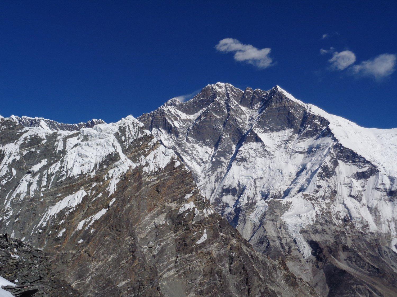 Lhotse ed Everest fumante