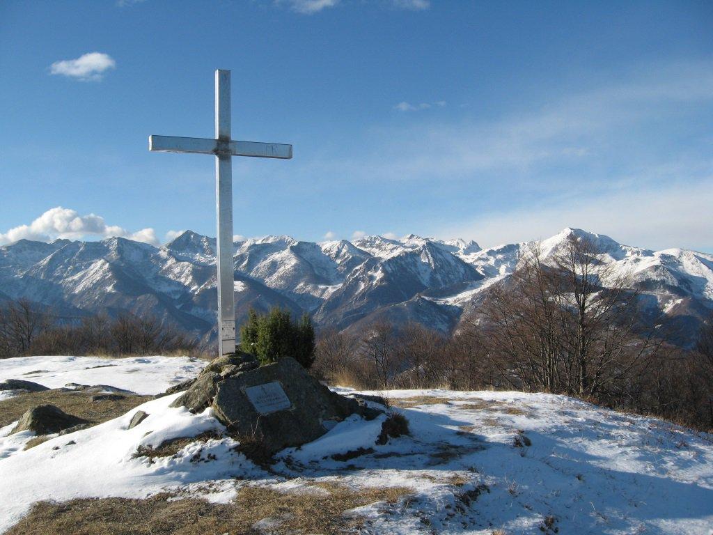 Sulla cima del monte Alpet