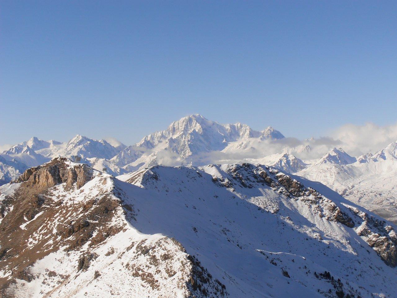 Vista sul Monte Bianco dalla cima