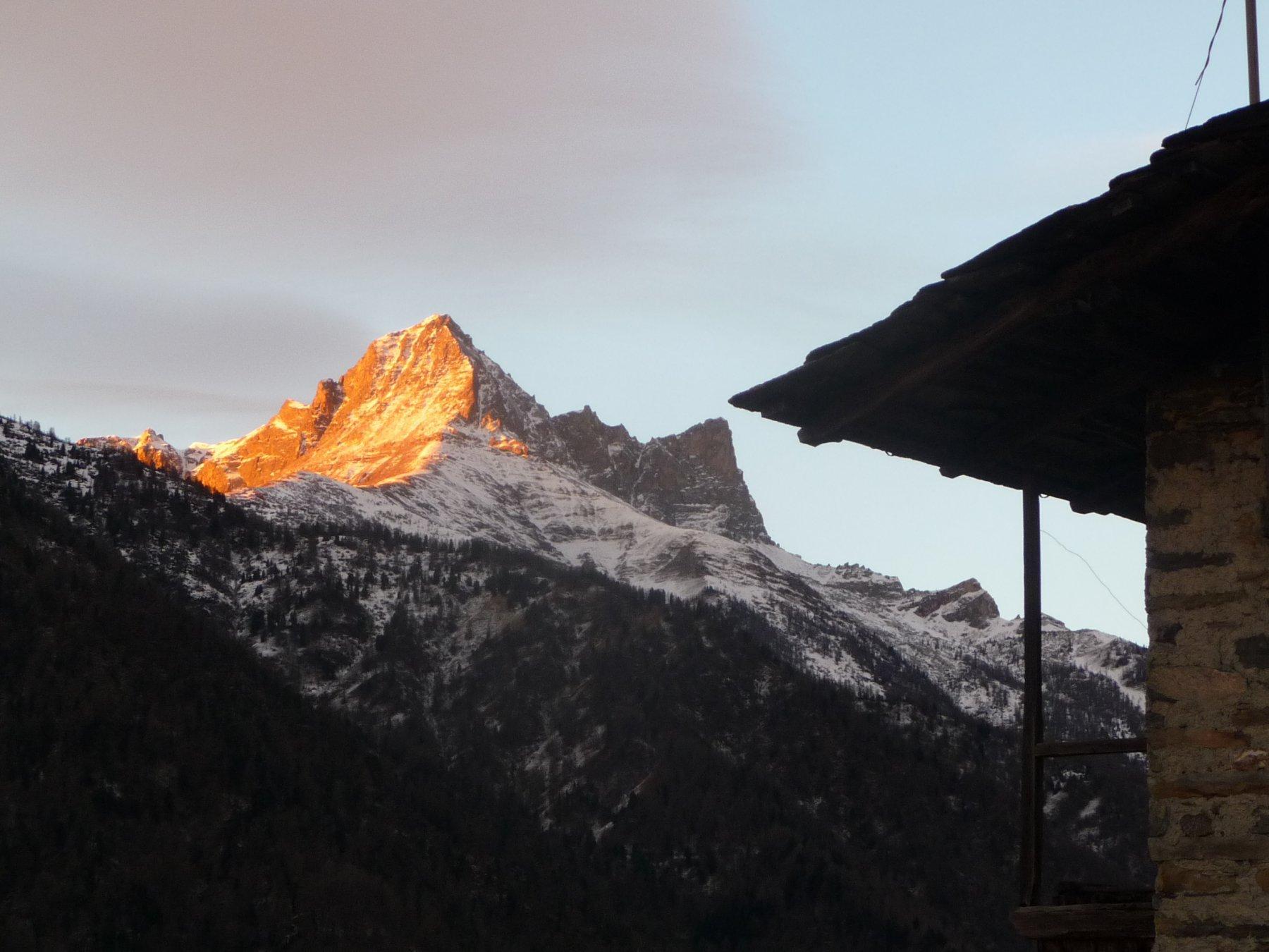 alba sul Pelvo d'Elva da Alboin