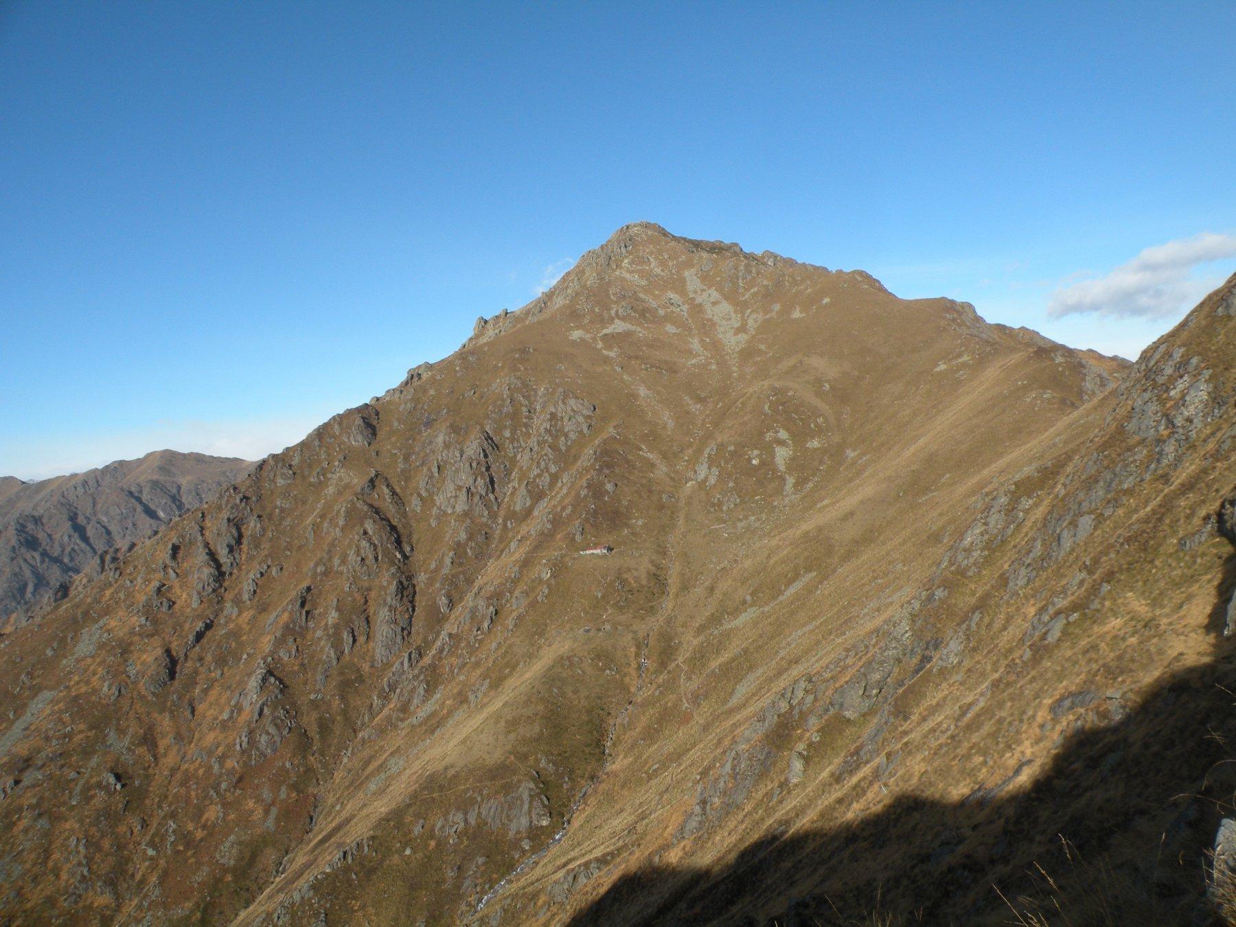 In lontananza il Monte Barone