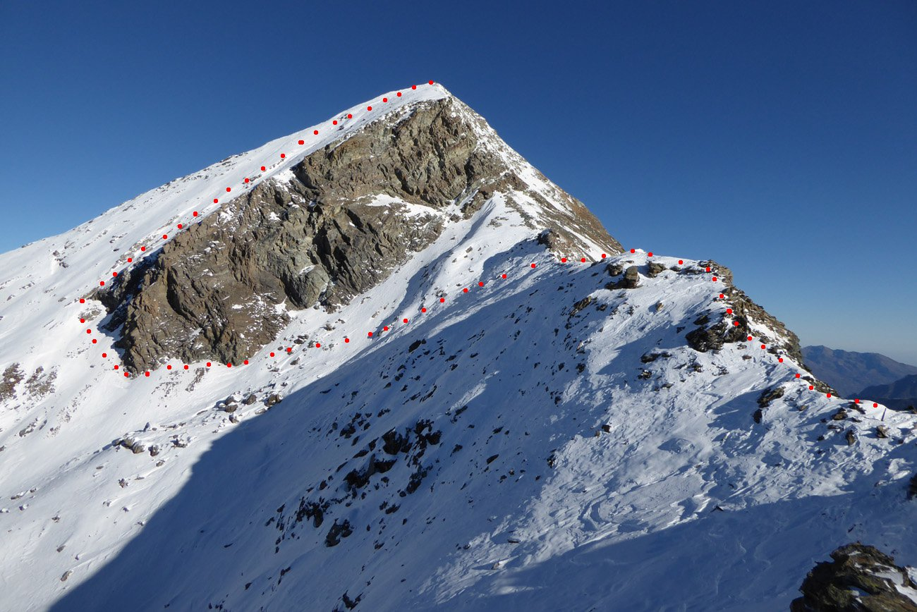 il percorso oltre il colletto sulla cresta Champorcher/Clavalitè