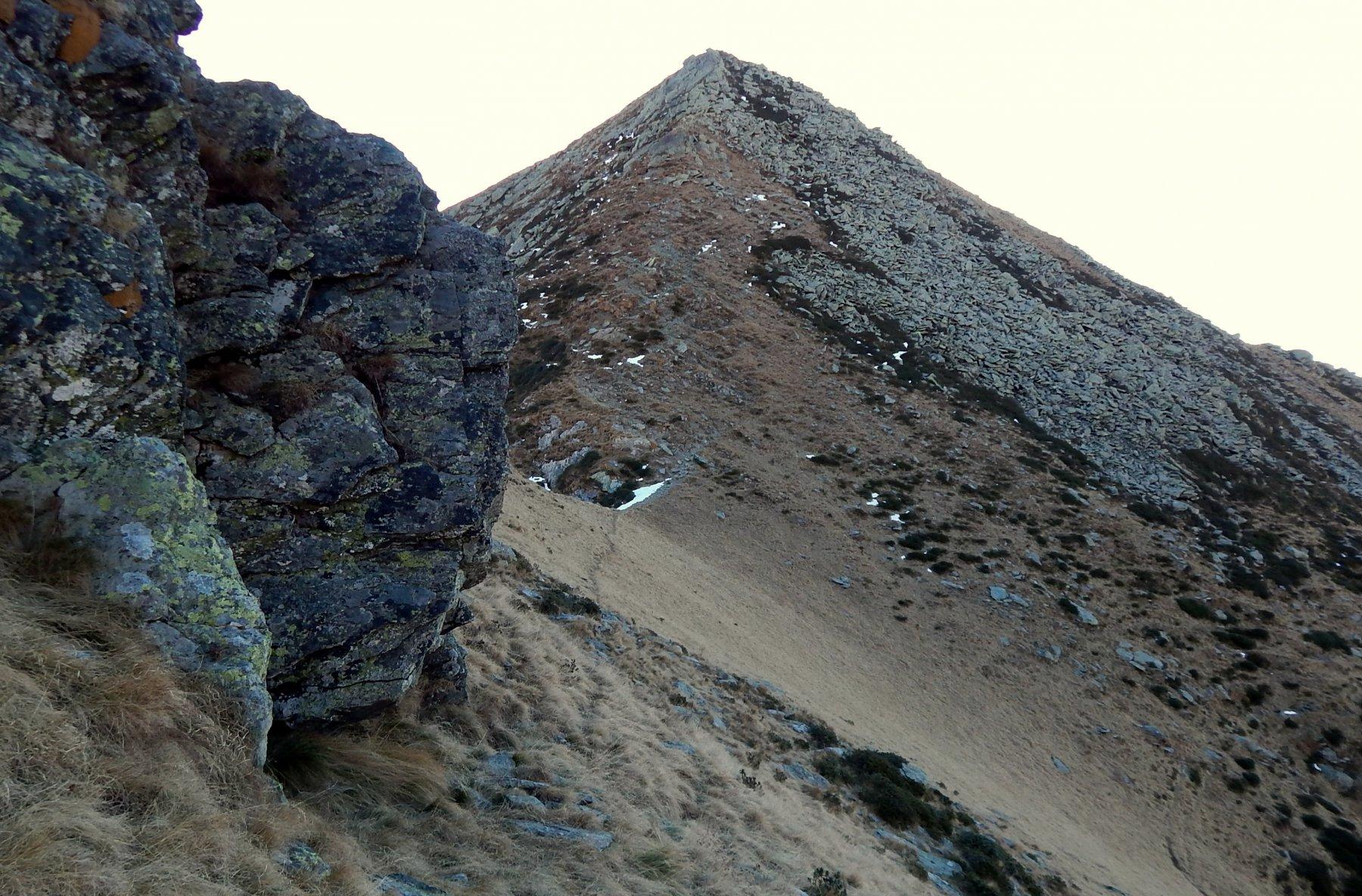 Ai piedi della Montù